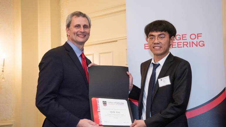 Qidi Liu received the Excellence in Graduate Research Award!